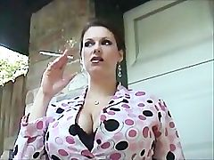 Nice mom smoke 120s _: big tits fetish