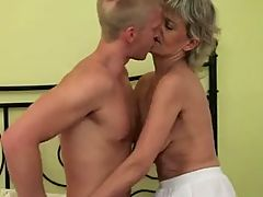 Blonde Mom Fuck Boy _: hardcore matures old+young